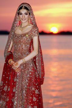 Gorgeous, desi wedding lengha - Outfit #desi #indian #pakistani #southasian #wedding #fashion #red