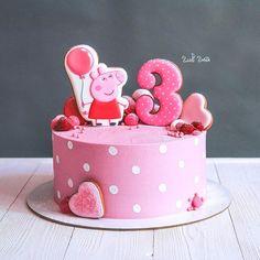 23 Ideas birthday party decoracion easy for 2019 Peppa Pig Birthday Cake, Birthday Cake Girls, Birthday Parties, 3rd Birthday, Tortas Peppa Pig, Peppa Pig Cakes, Nake Cake, Birthday Cake Decorating, Drip Cakes