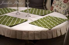 Pleated tablecloth tutorial at JunkinJunky.blogspot.com
