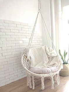 33 Cozy Hanging Macrame Chair Ideas for Your Relaxing Moment Sometimes we need to relax in a crazy way just to escape the routine. This hanging macrame chair is the best way to buy since it can be indoor or outdoor use. Room Design Bedroom, Bedroom Chair, Room Ideas Bedroom, Diy Bedroom Decor, Macrame Hanging Chair, Macrame Chairs, Hanging Chairs, Hanging Beds, Hanging Planters