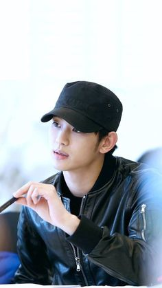 Kim soo Hyun wearing a cap Asian Actors, Korean Actresses, Korean Actors, Actors & Actresses, Lee Jong Suk Shirtless, Kdrama, My Love From Another Star, Kim Sohyun, Korean Drama Quotes