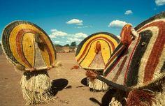 Masques rituel du alto xingo - mato grosso - Brasil