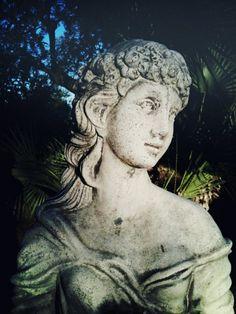 love old statuary