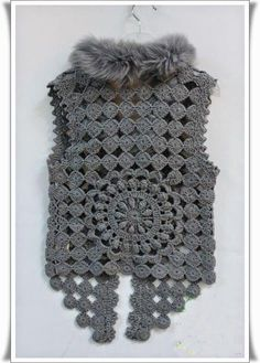 Crochet Vest - Detailed graphs and layout. Has circular motif on the back also Crochet Bolero Pattern, Irish Crochet Patterns, Gilet Crochet, Crochet Coat, Crochet Motifs, Freeform Crochet, Crochet Shawl, Crochet Clothes, Crochet Lace