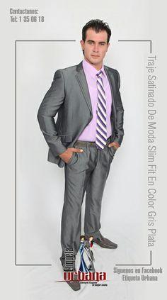 Traje Satinado De Moda Slim Fit En Color Gris Plata, muy combinable para cualquier evento