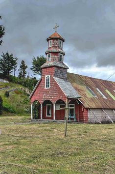 The rustic Iglesia Huillinco on Chiloé Island | heneedsfood.com