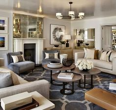 Stylish Gold Living Room Design Ideas You Will Love 26 Glam Living Room, Home And Living, Living Room Decor, Modern Living, Small Living, Condo Living, Apartment Living, Transitional Living Rooms, Transitional Decor