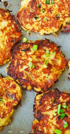 Bacon Spaghetti Squash Fritters with Parmesan - need I say more? Ever wondered how to cook spaghetti squash? Make this easy Bacon Spaghetti Squash Fritters recipe with Parmesan! These little spaghetti squash cakes are Low Carb Recipes, Vegetarian Recipes, Cooking Recipes, Healthy Recipes, Scd Recipes, Veggie Dishes, Vegetable Recipes, Side Dishes, Squash Fritters