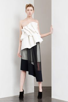 Contemporary Fashion - black & white asymmetric skirt & top // Commuun…