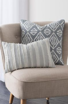 Free shipping and returns on cupcakes and cashmere 'Moroccan Geo' Pillow at Nordstrom.com. Fringe-tipped stripes lend fuzzy flair to a striped cotton accent pillow done in soft neutral hues.