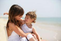 Ολιστική Παιδίατρος - Ανοσολόγος, Ομοιοπαθητική για παιδιά, Βελονισμός Couple Photos, Couples, Children, Couple Shots, Young Children, Boys, Kids, Couple Photography, Couple