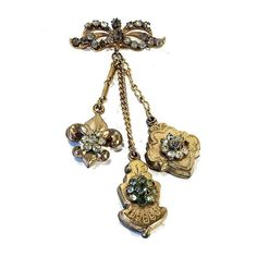 """#goldfilled #victorian #triple #drop #fob #brooch #vintage #costume #fashion #jewelry #sherisvintagecollections #nyshowplace #discoverflatiron #nyc #nomad"""