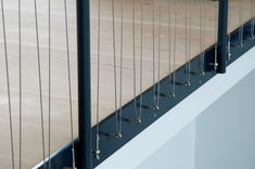 Ernst + Kindt-Larsen Arkitekter Wall Railing, Staircase Railings, Deck Railings, Banisters, Staircase Design, Stairways, Metal Stairs, Modern Stairs, Fancy Fence
