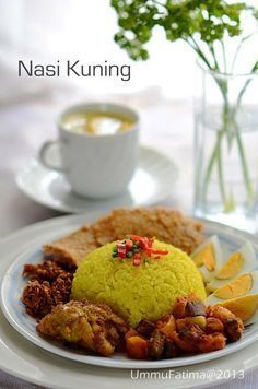 Simply Cooking and Baking. Finger Food Catering, Asian Recipes, Healthy Recipes, Yummy Recipes, Healthy Food, Indonesian Cuisine, Indonesian Recipes, Malay Food, Nutrient Rich Foods