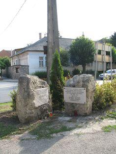 Új nemzetiségi emlékmű (Zsámbék) http://www.turabazis.hu/latnivalok_ismerteto_84 #latnivalo #zsambek #turabazis #hungary #magyarorszag #travel #tura #turista #kirandulas