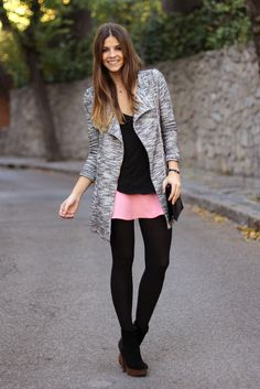 trendy_taste-look-outfit-street_style-fashion_spain-moda_españa-jacquard_skirt-pink_skirt-falda_rosa-tweed_coat-abrigo_tweed-black_leather_handbag-bolso_negro-zara-black_booties-botines_negros-polaroid-9