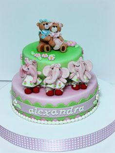 viorica's cakes: Jucarii pentru Alexandra