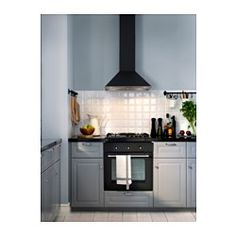 5 års garanti. Les om vilkårene i garantiheftet. Kontrollpanelet er plassert foran; enkelt å nå og bruke. Du kan enkelt ta av og rengjøre fettfilteret i oppvaskmaskin. 2 fettfiltre er inkludert. Halogenpærene gir et godt lys til matlaging. 2 halogenpærer er inkludert. Kan brukes på to måter; tilkoplet en ventil eller med kullfilter for resirkulering av luften.