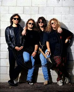Van Halen ❤️ 1990 Photo Shoot Alex and Eddie Van Halen Michael Anthony and Sammy Hagar Eddie Van Halen, Van Halen 2, Van Halen 5150, Alex Van Halen, Best Rock Bands, Rock And Roll Bands, Rock Roll, Good Music, My Music
