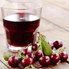 The Healthy Nightcap: Cherry Juice The typical nightcap has just been given a (healthy) makeover. That's right, insomniacs, it's time to trade in your sleep-disrupting cocktail for a healthier sip — cherry juice! Studies show that a glass of cherry juice saves you an average of 17 minutes wake time. Cherries contain melatonin, a natural antioxidant that helps to regulate your sleep cycle.