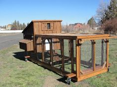 Chicken Tractor Plans 246149935872560610 - Source by gramfamilly Chicken Coop Blueprints, Diy Chicken Coop Plans, Best Chicken Coop, Backyard Chicken Coops, Chickens Backyard, Moveable Chicken Coop, Chicken Home, Chicken Ideas, Backyard Farmer