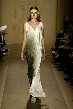 6. Donna Karan (Spring 2007): Inspired by the Roman toga and accessorized with gladiator sandals.