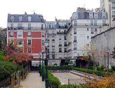 Paris XVIII Square Suzanne Buisson à Montmartre