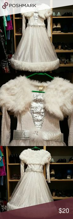 Ice princess costume Long sleeve white velvet dress with faux fur trim and top. Hoop skirt with sheer glitter bottom. Adoreable costume. Belt is detachable. Pet free smoke free home. stars Costumes Halloween