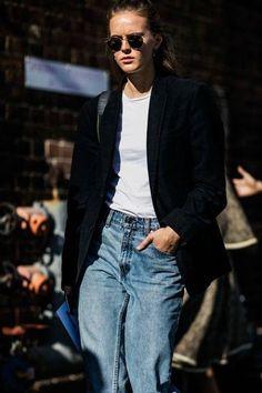 O que é amizade pra você ? Marque quem te lembra nesse look !!   Ama Look All Denin ? veja essa seleção de Camisas  http://imaginariodamulher.com.br/look/?go=1UULpm4