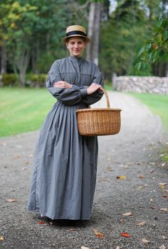 Dress/wrapper, mid 19th century model, wool or wool mix.The pattern used is Laughing moon #120.