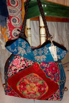 YABO E Hilltribe Bag