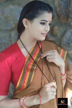Bollywood Fashion 765260161670011114 - Different draping styels for party wear Sarees Source by Beautiful Girl In India, Beautiful Girl Image, Most Beautiful Indian Actress, Beauty Full Girl, Beauty Women, Indian Beauty Saree, Party Wear Sarees, India Beauty, Stylish Girl