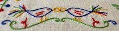 REF.ª LN45 Lenço dos namorados em pano de linho, bordado à mão, e com a dimensão aproximada de 40×40 cm. Preço: 70€ + portes de envio  NOTA:O USO DE IMAGENS ENCONTRADAS NESTE SITE SÓP…