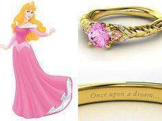 Os aneis das princesas foram desenhados pelo Tumblr Heck Yeah Disney Merch. Este, inspirado na Bela Adormecida, leva diamantes e turmalinas rosas