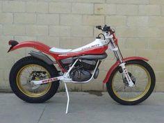 Cota Motos Trial, Trial Bike, Dirt Bikes, Shape Design, Trials, Cars And Motorcycles, Spanish, Racing, Vehicles