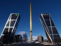 Torres KIO, Plaza de Europa - Torres de Madrid