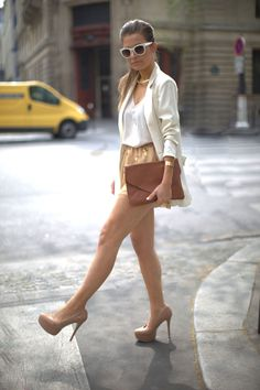 NUDE colour! <3 also love the envelope purse...i want.