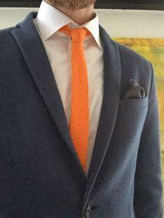 Strikket slips   vi holder af hverdagen Tie Clip, Slippers, Slip On, Accessories, Gifts, Diy, Fashion, Moda, Presents