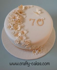 Gold & Ivory birthday cake with unwired flowers Gold & Ivory Geburtstagstorte mit 70th Birthday Cake For Women, Birthday Cake For Women Elegant, 90th Birthday Cakes, Elegant Birthday Cakes, Pretty Birthday Cakes, Birthday Cake With Flowers, Cake Flowers, Cakes For Grandmas Birthday, Birthday Cake Ideas For Adults Women