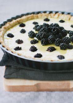 Ricotta blackberry pie