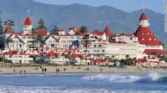 """San Diego's (CA, USA) Hotel del Coronado starred as a location for 1959's """"Some Like It Hot."""""""