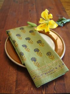 Fancy Green Cotton DINNER NAPKINS: If you are looking for something stylish yet unique, then dress your party table with our decorative woodblock printed fancy cotton dinner napkins. These fancy decorative dinner napkins will handsomely accent your lovely dinnerware and are sure to have your guests talking long after the party is over.