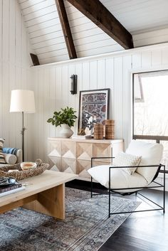 Modern Bohemian Netflix Remodel - Studio McGee Living Area, Living Spaces, Living Rooms, Fresh Farmhouse, Modern Farmhouse, Studio Mcgee, Interior Decorating, Interior Design, Dining Nook