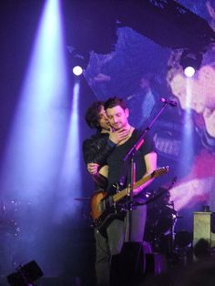 Snow Patrol at the o2 arena, London - Gary Lightbody and Nathan Connolly.