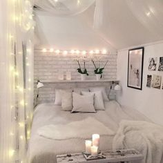 This is a Bedroom Interior Design Ideas. House is a private bedroom and is usually hidden from our guests. Much of our bedroom … Small Bedroom Designs, Small Room Design, Bedroom Small, Tiny Girls Bedroom, Small Bedroom Decor On A Budget, Small Apartment Bedrooms, Budget Bedroom, Bedroom Modern, Trendy Bedroom