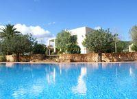 Luxurious Ibizencan country #house to #rent in Ibiza Nueva finca ibicenca de lujo para #alquilar en #Ibiza Luxuriöse #Finca in #ibizenkischem Stil auf Ibiza #holidayrental #vacations #summer #alquilervacacional #ferienhausen #Baleares