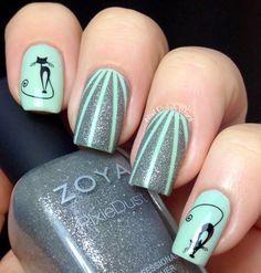Gato Negro nail art by Nail Polish Wars Fancy Nails, Love Nails, Pretty Nails, Cat Nail Art, Cat Nails, Nail Art Designs, Nail Art 2014, Tips Belleza, Creative Nails