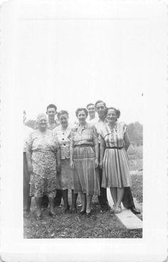 Black and White Vintage Snapshot Photograph Huge Family Dress Yard 1950'S | eBay