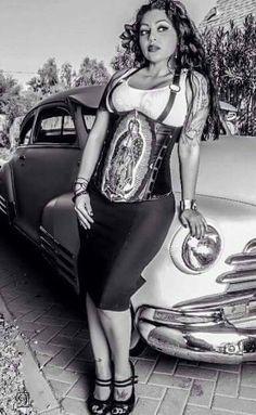 Estilo Cholo, Arte Lowrider, Chola Girl, Chicano Love, Cholo Art, Chola Style, Beautiful Latina, Brown Pride, Gangsta Girl
