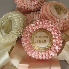 Such pretty horse shoe prize ribbons. #vintage #ribbons